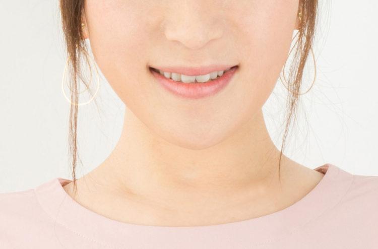 口角が下がるのは歯並びも関係している