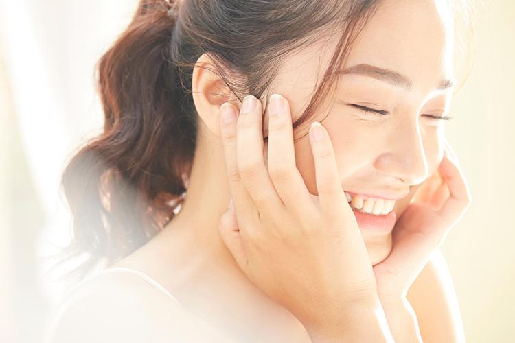IPL治療(フォーマα)で肌の悩みを解消した女性