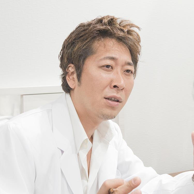 プライベートスキンクリニック 形成外科部長 加藤 健太郎ドクター カウンセリング